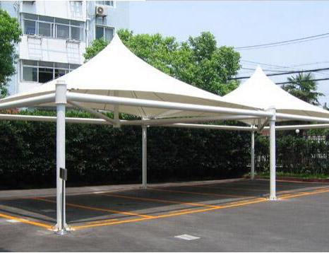 拱帽型膜结构停车棚