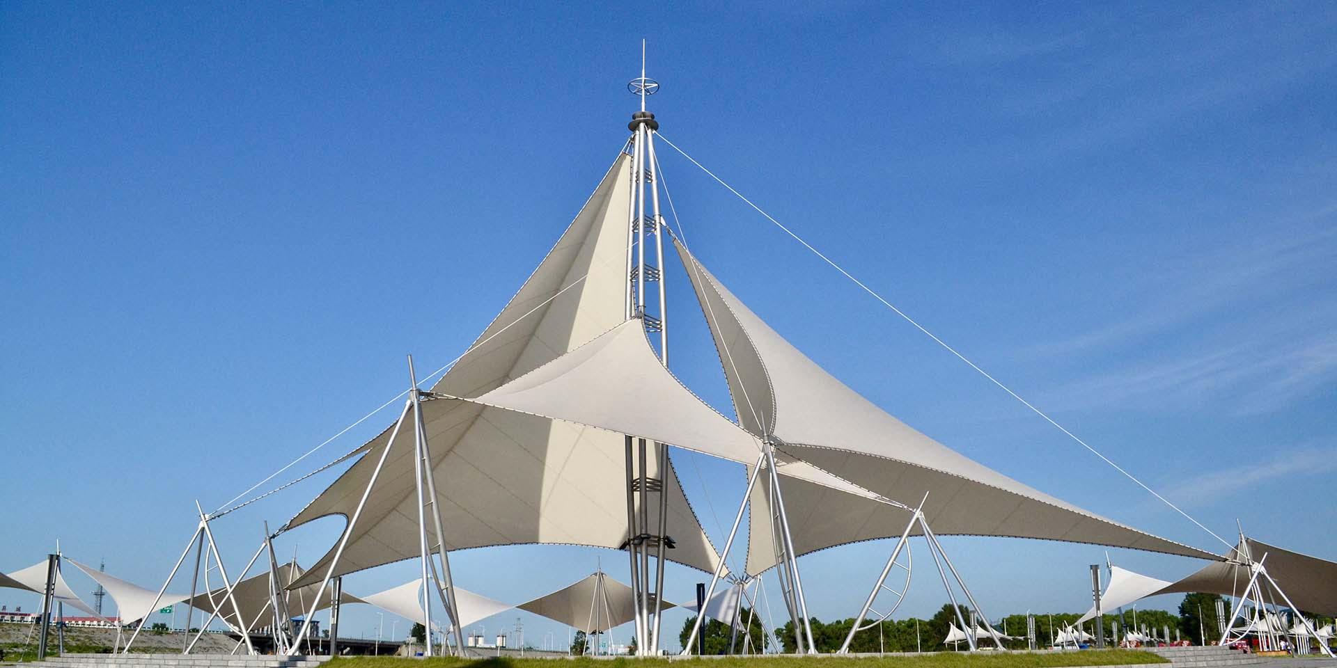 膜结构景观,膜结构停车棚,膜结构看台,青岛膜结构景观,青岛膜结构车棚,青岛膜结构看台