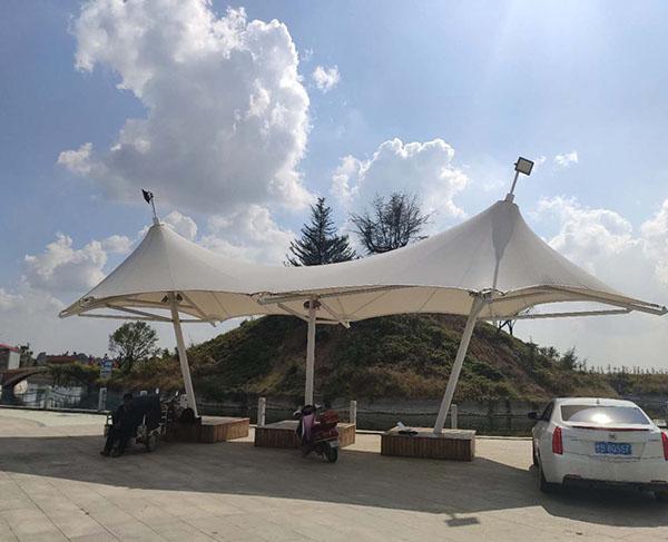 华清工业园生活小广场景观遮阳膜结构