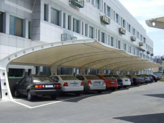 膜结构停车棚需要具备哪些性能?