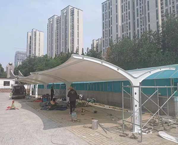 济南省监狱家属院膜结构停车棚完工——安平膜结构