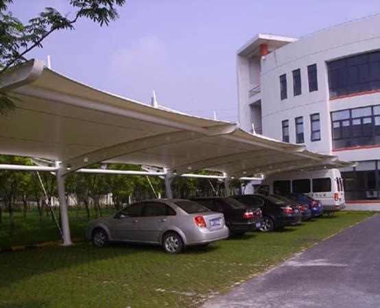膜结构停车棚展现力量与柔美的结合!